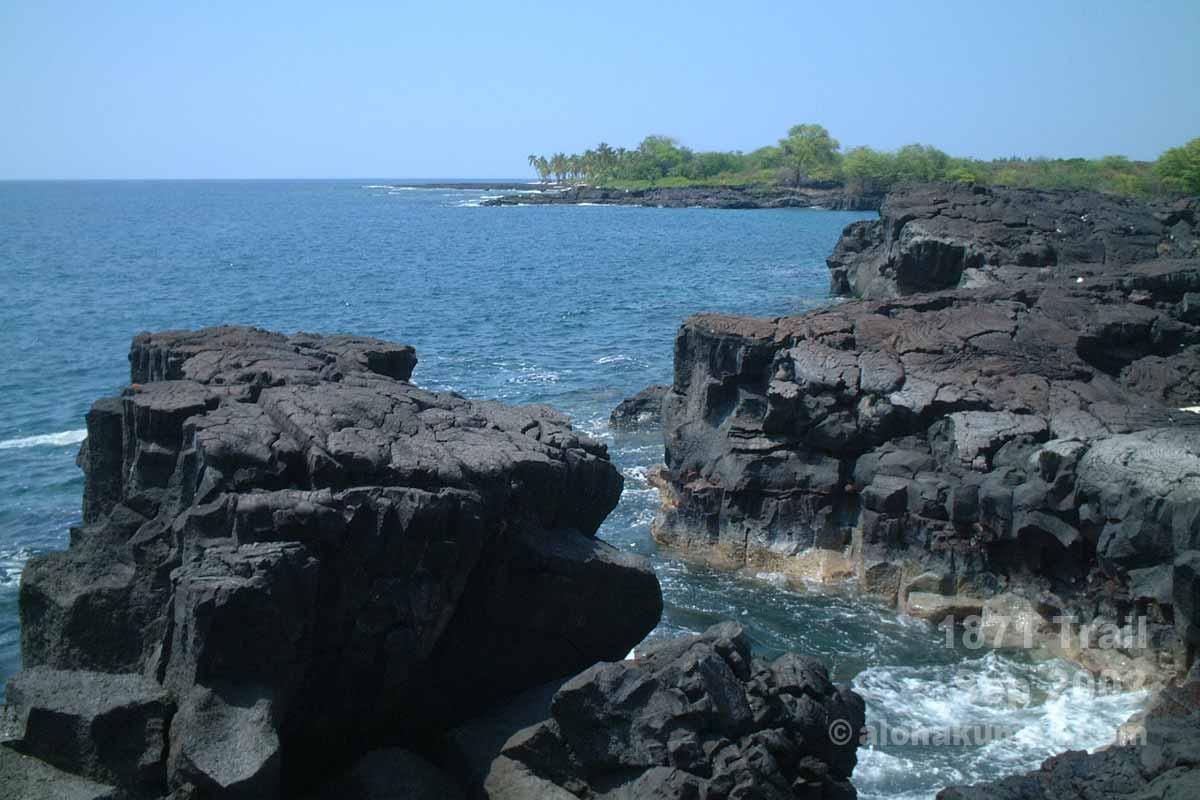 海側の断崖