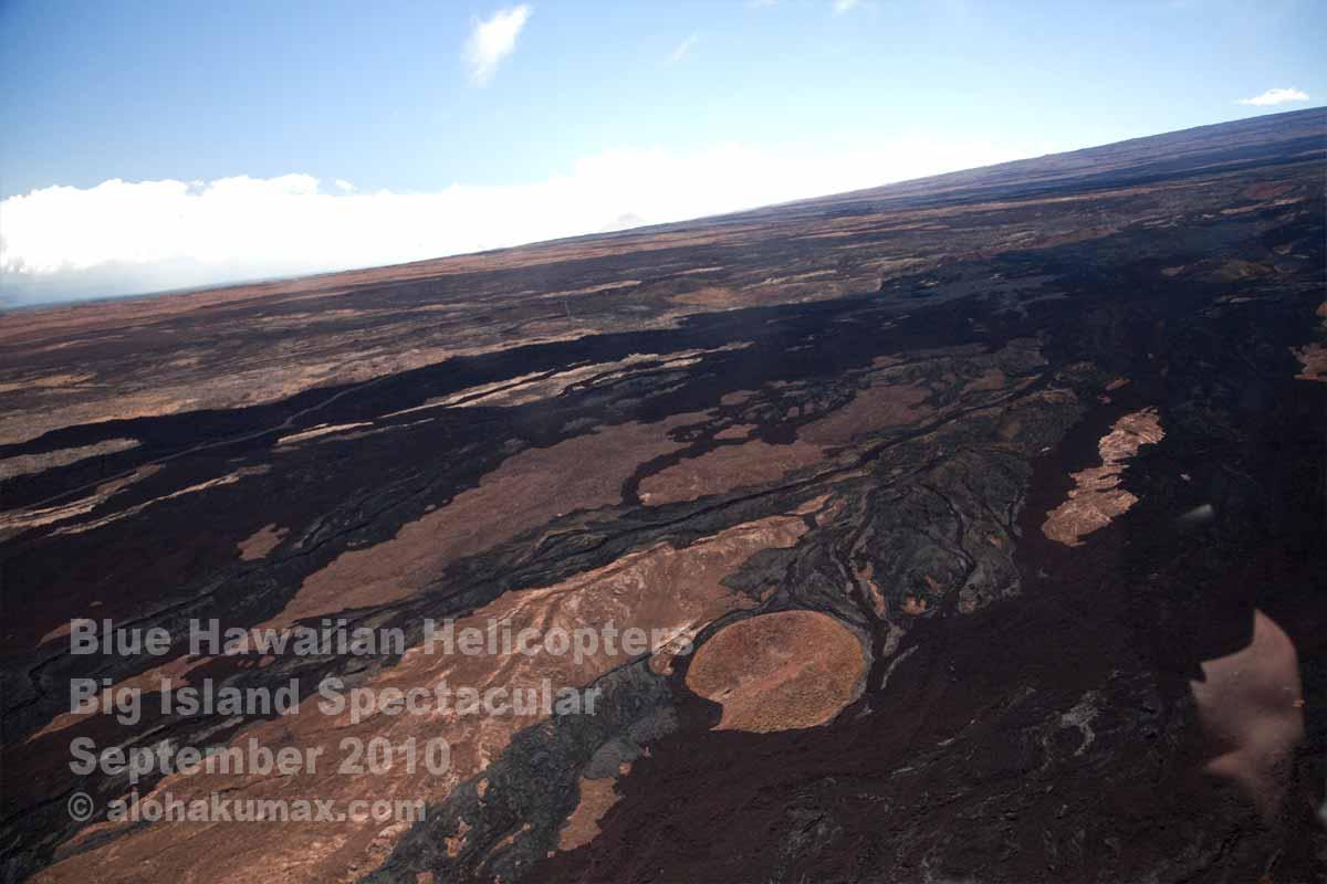 マウナ・ロアの溶岩流跡