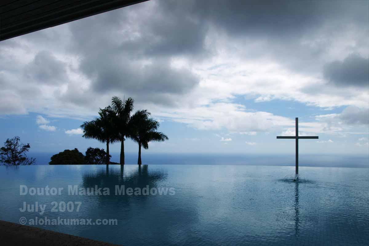 十字架はあったけど曇天(2007年7月)