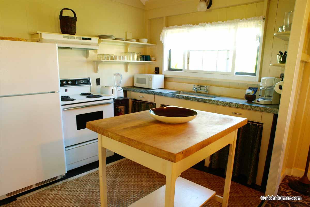 素朴なキッチン