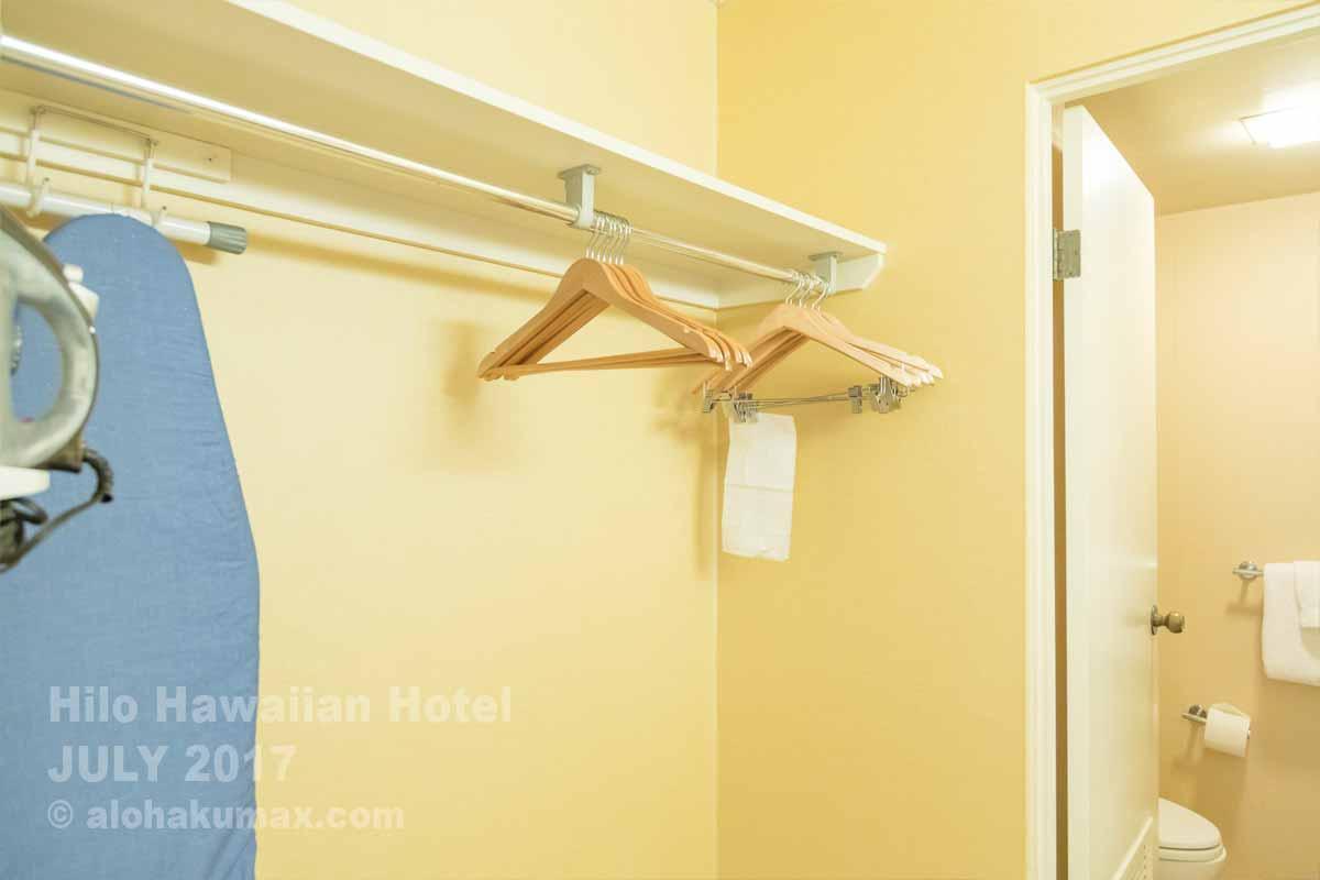 バスルームのハンガー