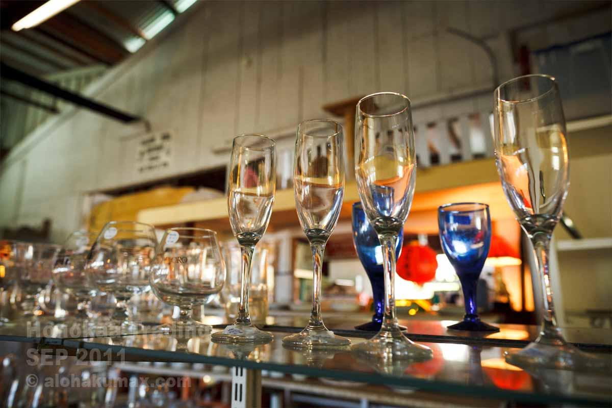 綺麗に並べられたグラス