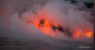 ラバ・オーシャン・アドベンチャーズ(2010年9月) » 灼熱の溶岩ボートツアー! / ハワイ島