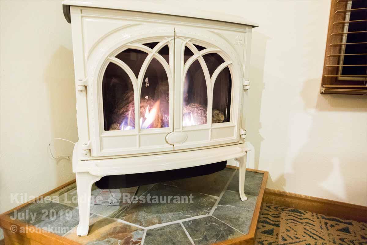 超便利なガス暖炉(部屋:KEHAU)